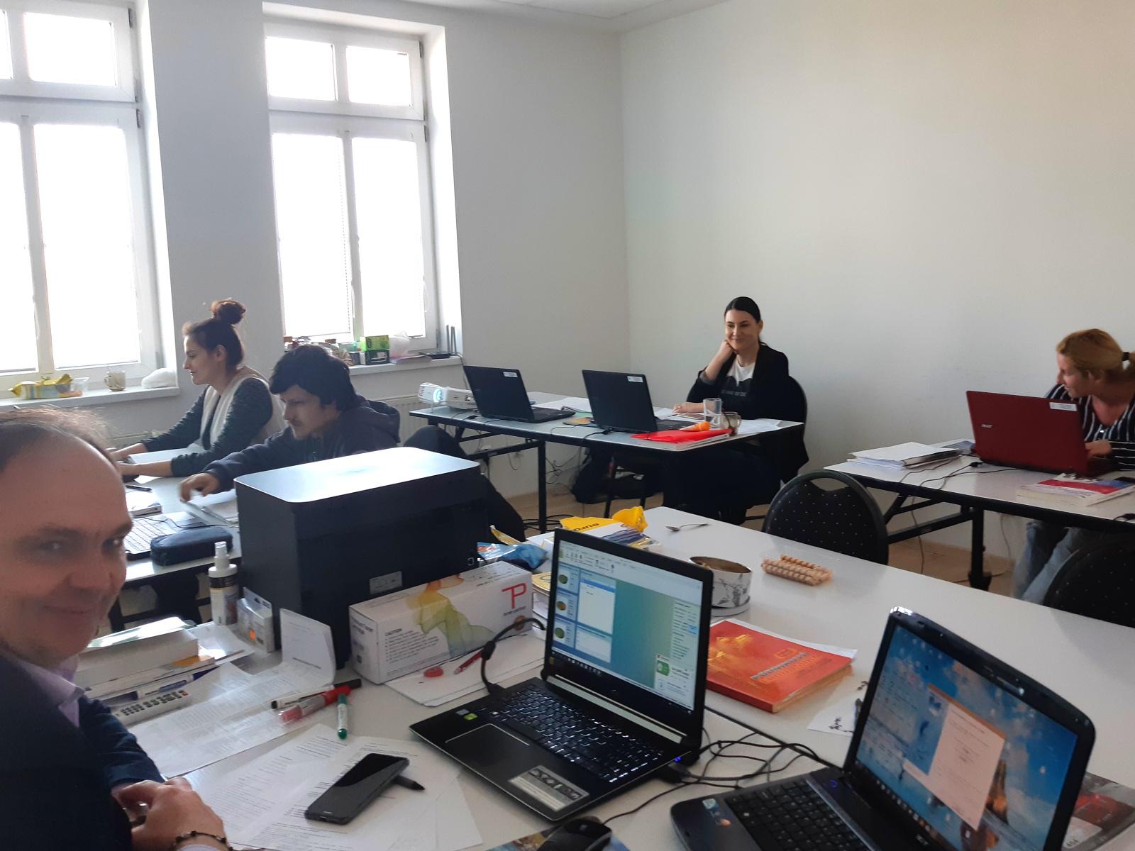 Kurz účtovníctva - účastníci kurzu | Hvozdik.sk - účtovnícke a rekvalifikačné kurzy
