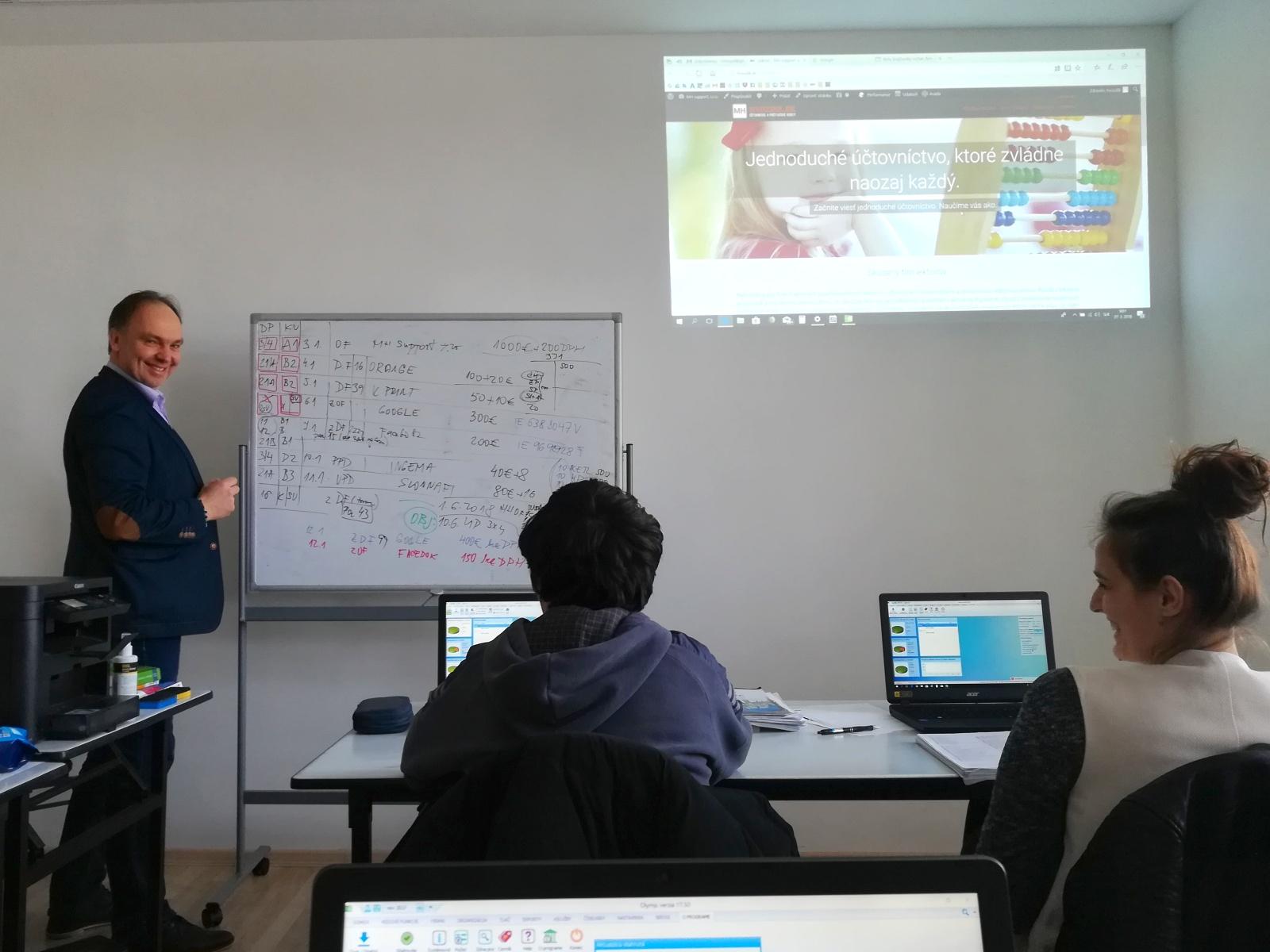 účastníci kurzu účtovníctva | Hvozdik.sk - účtovnícke a rekvalifikačné kurzy